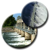 Stratton Dam, Water flowing over dam